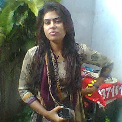 Riya Mehta Photo 14
