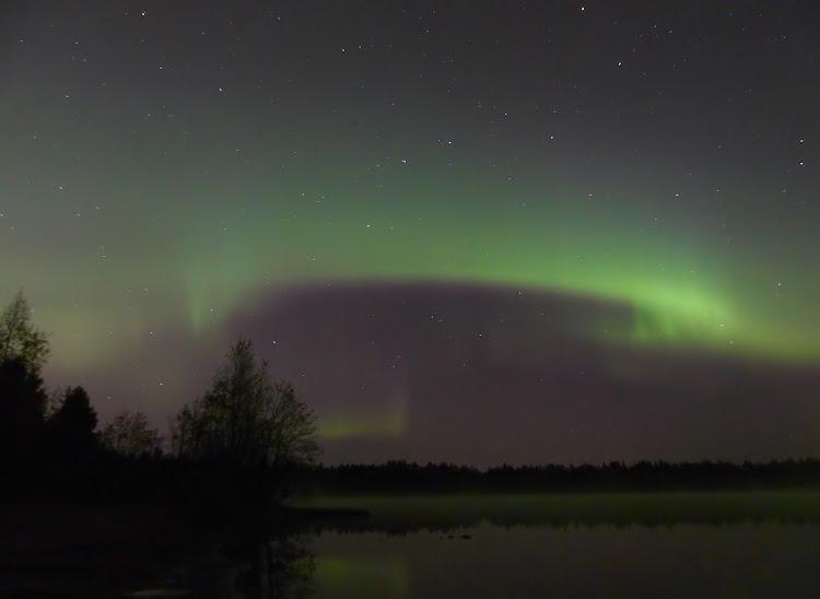 aurore+valkiais+lumix+arbres+lac+078_fil