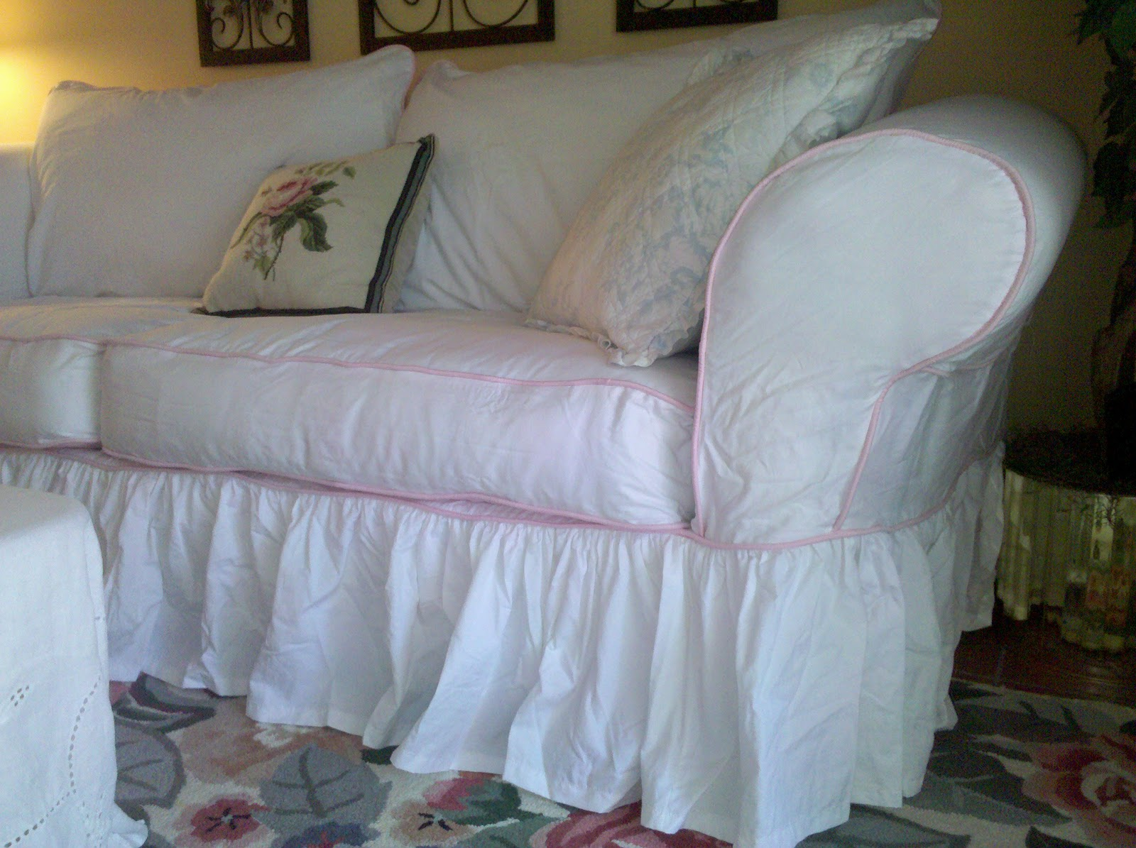 28 Best Simply Shabby Chic Sofa Slipcover Rachel Ashwell Simply Shabby Chic Apt Sofa Or Love
