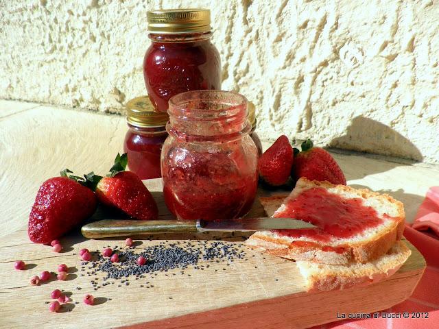 Confettura speziata di fragole