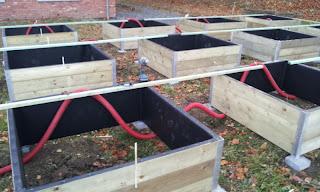 l 39 irrigation potagers en carr. Black Bedroom Furniture Sets. Home Design Ideas
