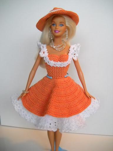 DSCN1714 - فساتين للعروسة باربي من الكروشية طريقة عمل ملابس لعرائس الاطفال بالكروشية