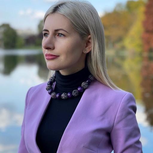 Sabina Petrescu For - sabina petrescu Sabina Petrescu