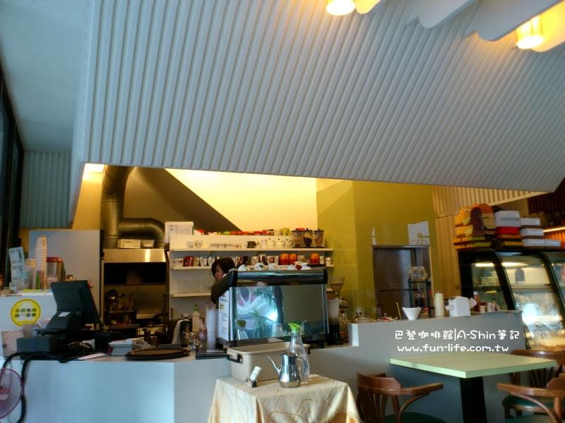 巴登咖啡 大墩店 一樓