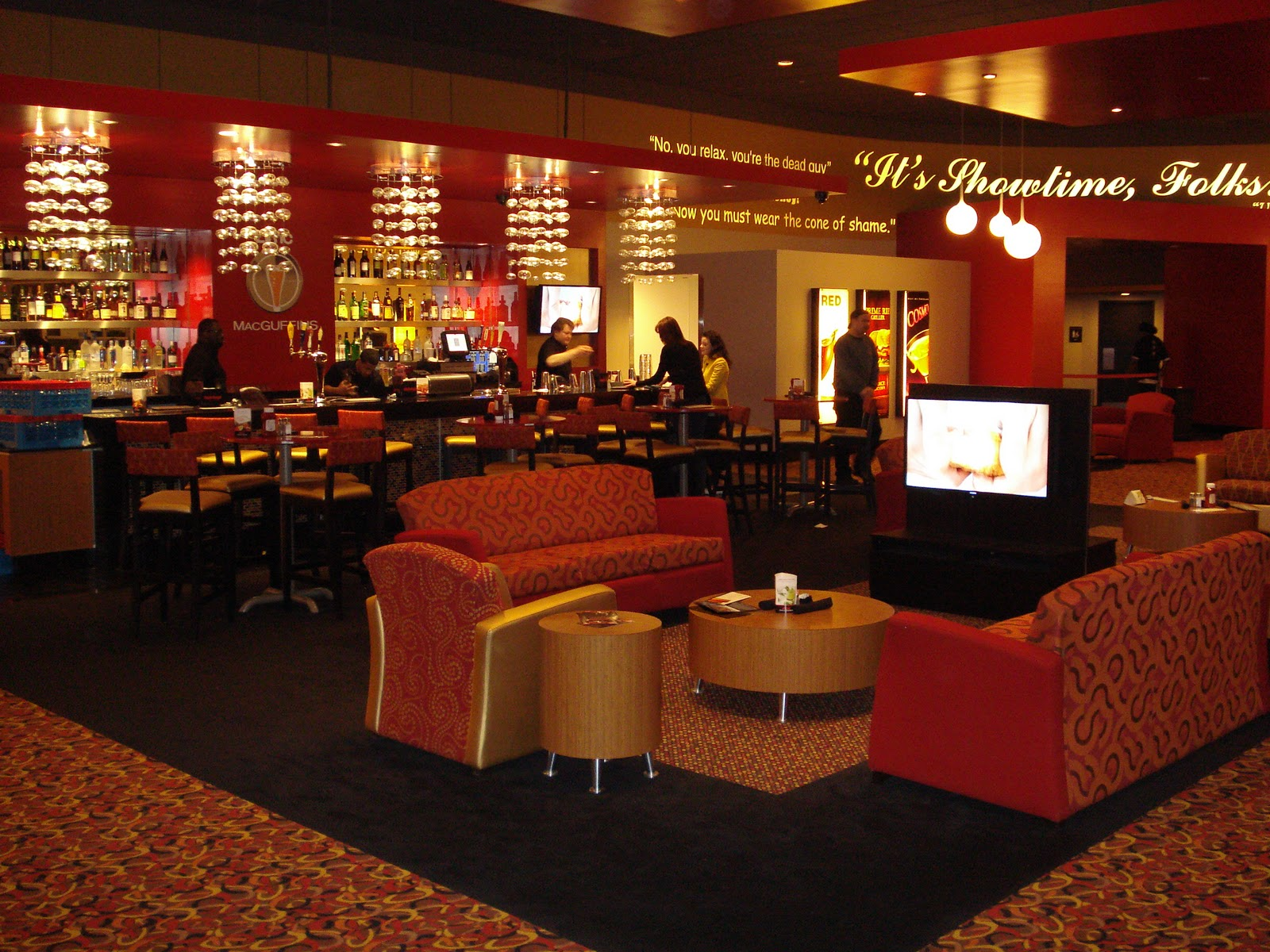 Amc dine in theater review New jersey dine in theatre