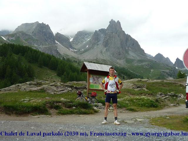 Györgyi Gábor & Francia Alpok kerékpártúra, Chalet Laval parkoló
