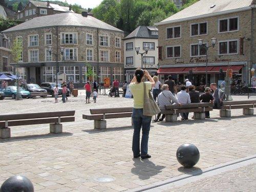 Stadsplein van La Roche