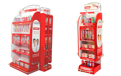 Colgate renova displays