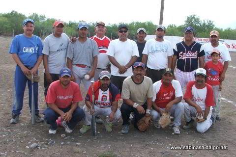 Equipo Diablos del torneo de softbol del Club Sertoma