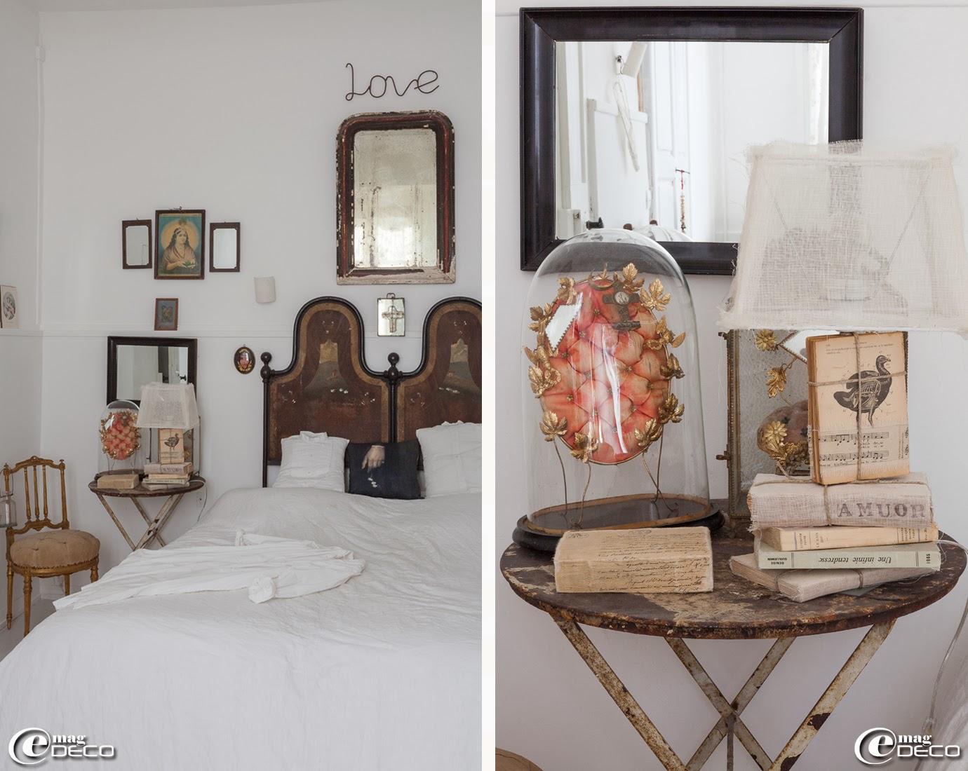 Chaise dorée Napoléon III, lampe 'Readme' création 'Borgo delle Tovaglie', boutique 'Clair de Lune' à Uzès