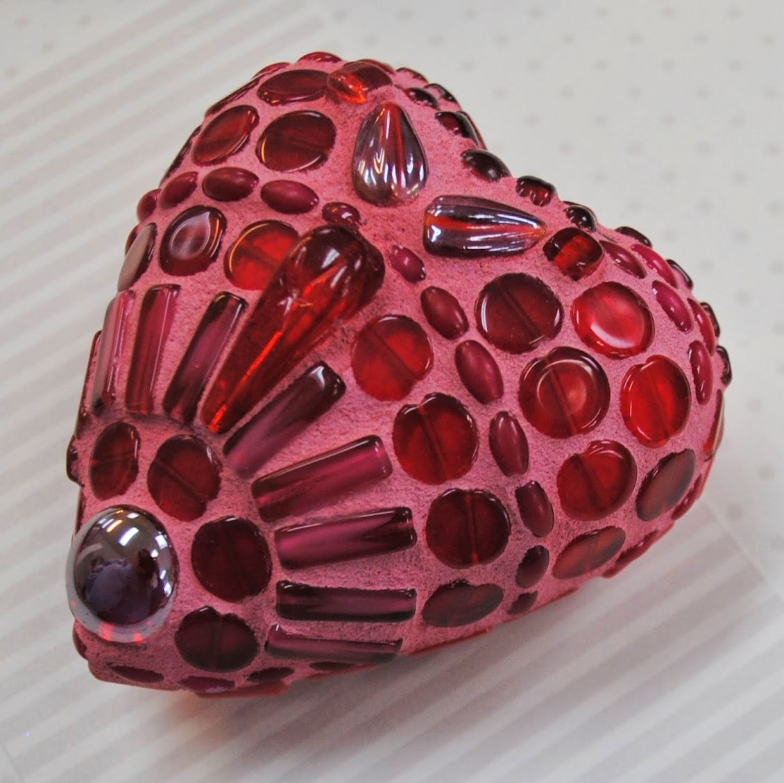 Ruby Red Mosaic Heart Moo5086 Beads Amp Pieces