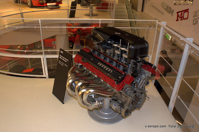двигатель феррари