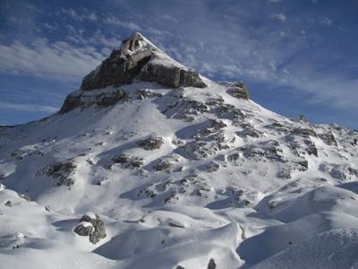 Anie(2.507 m.)