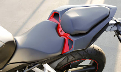 Honda CBR250RR Yên Sau