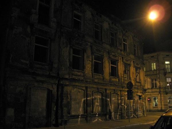 centrum Łodzi - opuszczone kamienice