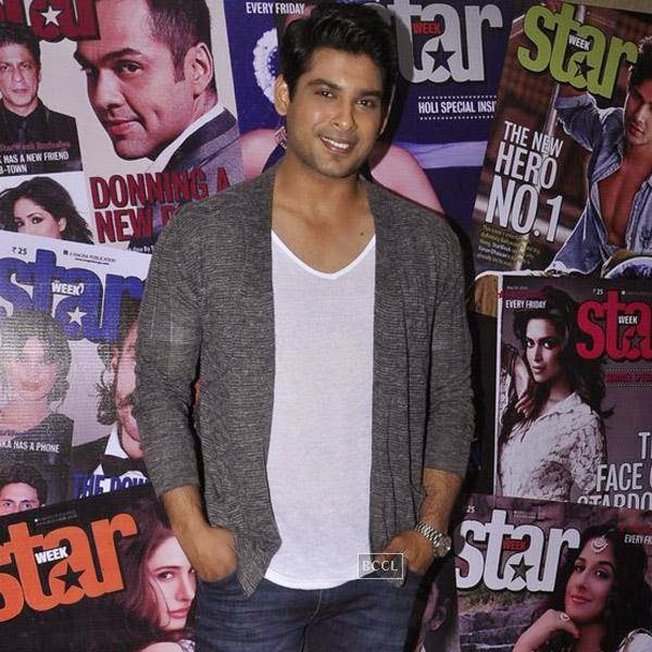 Siddharth Shukla poses for the lens during the launch of Star Week magazine's latest issue in Mumbai, on July 31, 2014.(Pic: Viral Bhayani)