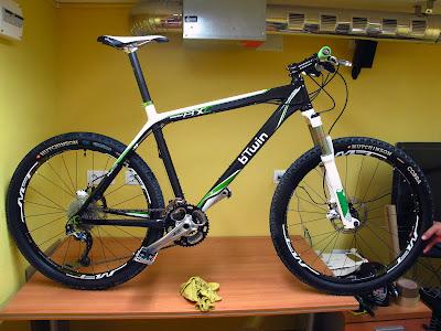 Vendo Rockrider 8XC Carbon - VENDIDA - IMG_2099