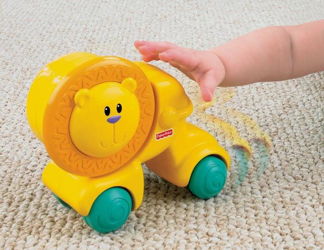 Đồ chơi Sư tử dễ thương Press & Crawl Lion là món đồ chơi rất bổ ích và lý thú