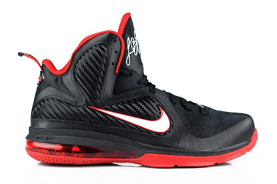 nike lebron 9 gr black white red 2 01 LeBron 9 Quotes James Favorite Movie Gladiator. New Photos.