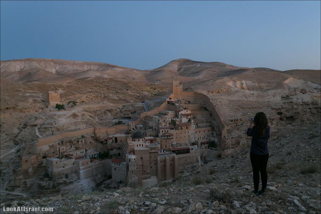 Ночная пустыня и Мар Саба на рассвете (israel  путешествия пустыня ночь монастыри и церкви Мар Саба иудея и самария  20130622 marsaba night 001 5D3 5735)
