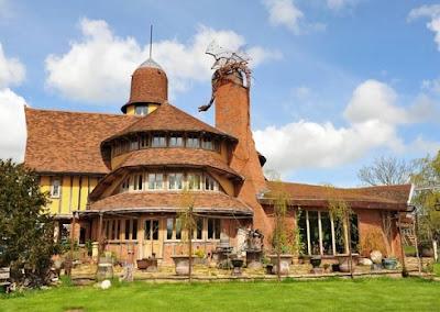 The unique looking Belle Grove Farm building