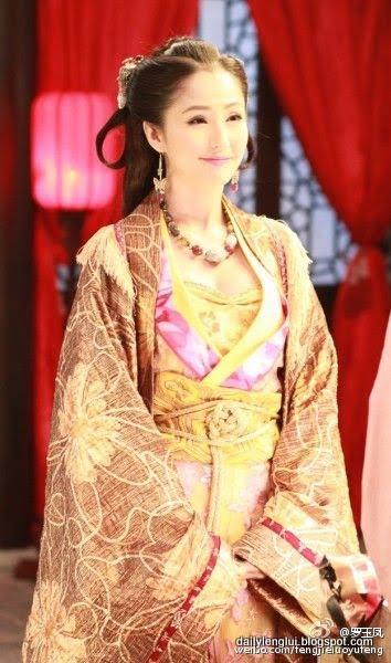 Leni Lan Yan 藍燕 pictures