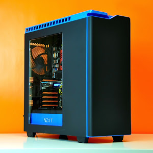 Intel Ultimate Custom Gaming PC trong NZXT Phantom 440 Đen – Xanh