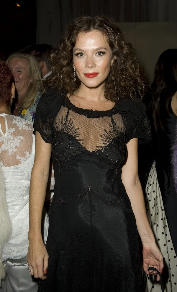 Anna Friel – Raisa Gorbachev Foundation Party 22.09.11(celebrities-0photos)0