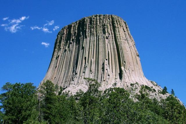 Башня Дьявола (Devils Tower) — нераскрытая загадка природы