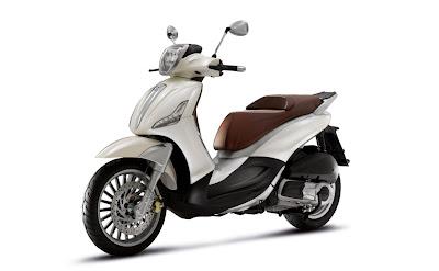 2011-Piaggio-Beverly-Tourer-300