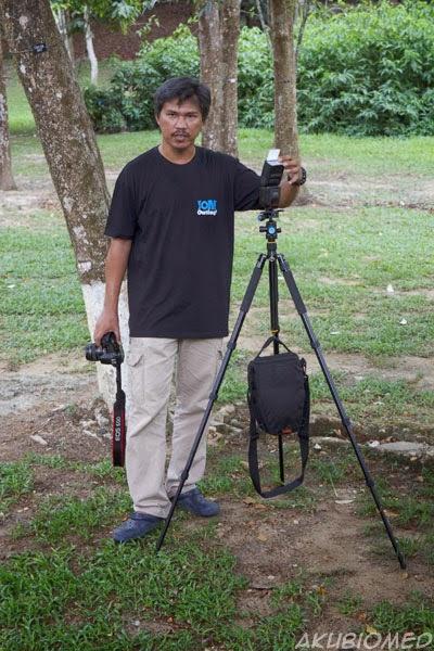 azman ishak dari Ai Media Network menerangkan asas pencahayaan
