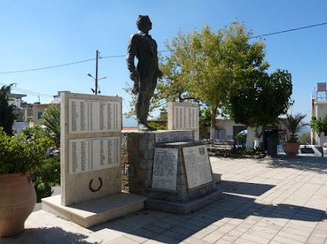 Denkmal für die von der Nazi-Wehrmacht ermordeten 117 Kinder, Frauen und Männer von Anogia