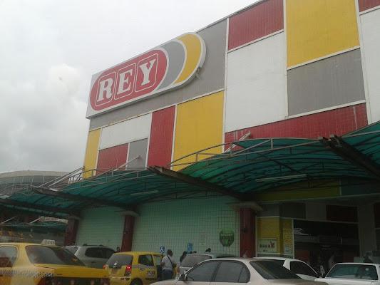 Rey, Avenida Randolph, Cativá, Panama