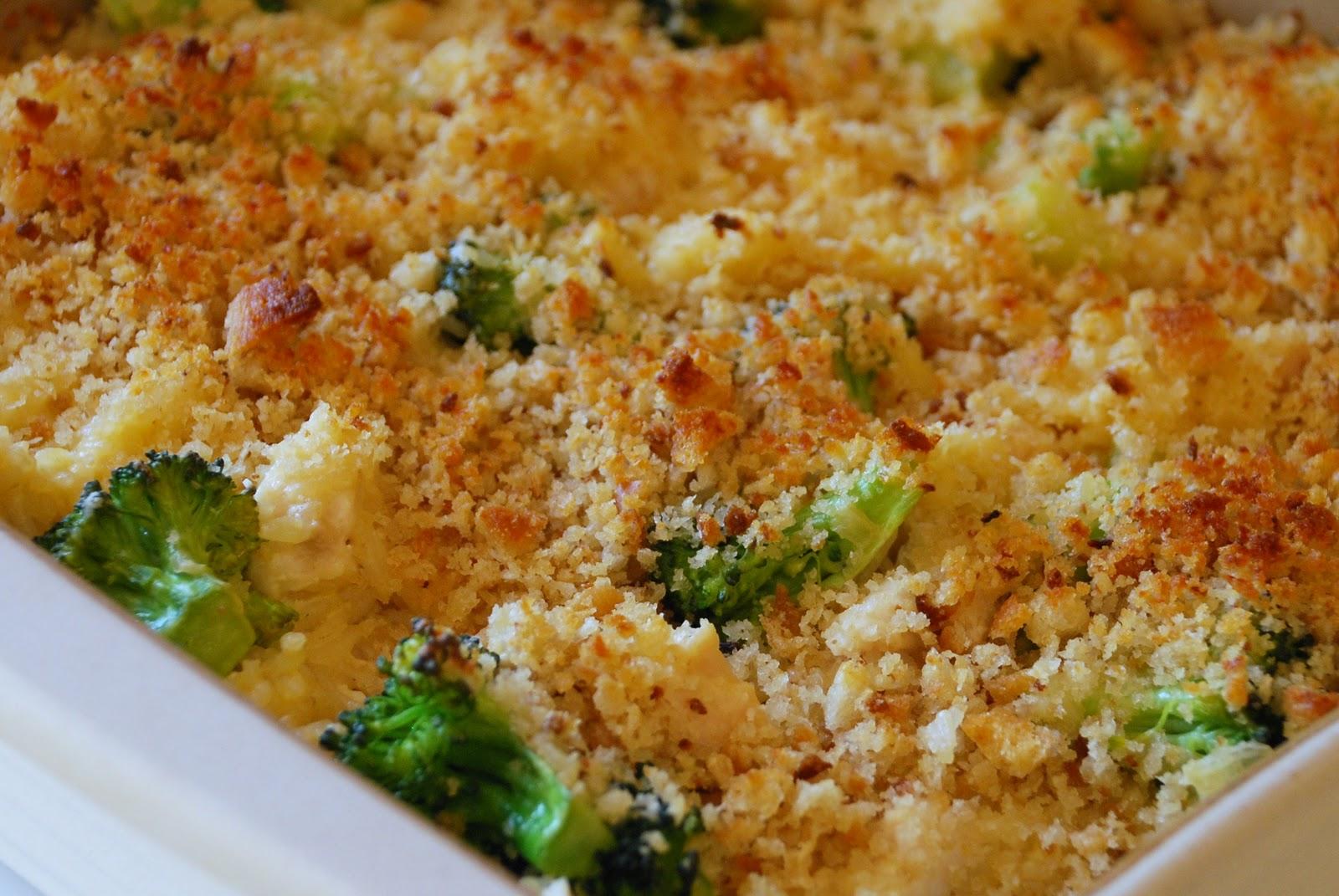 Everyday Insanity...: Cheesy Broccoli and Rice Casserole