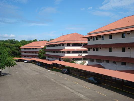 Universidad Tecnologica de Panamá (Centro Regional de Colón), Colon, Panama