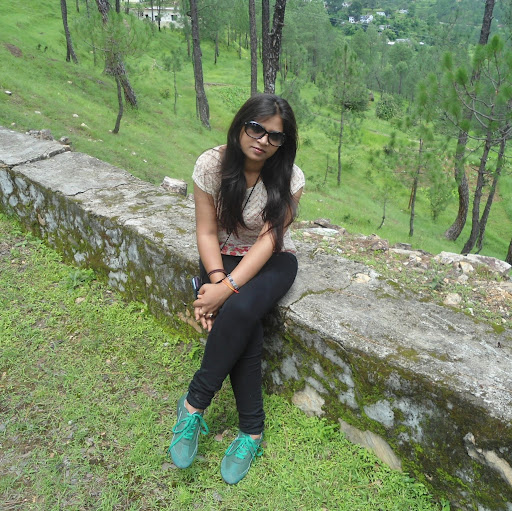Neha Srivastava Photo 15