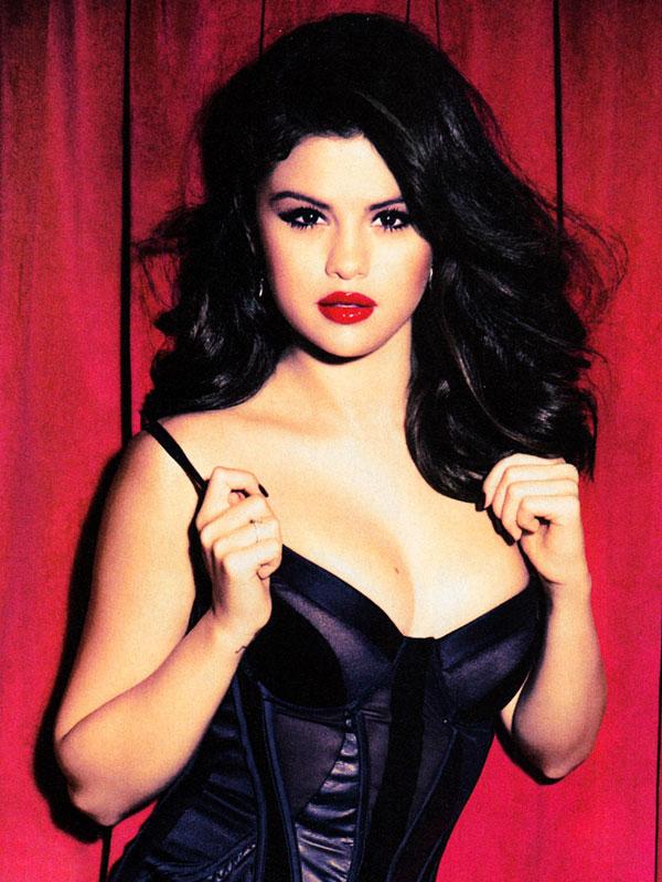 Selena Gomez in Glamour Magazine