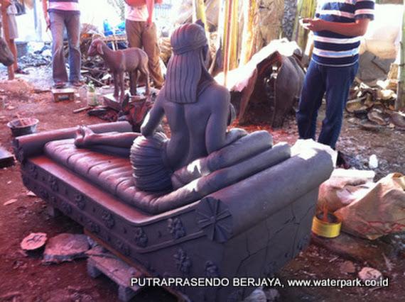 patung cleopatra 2
