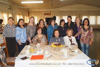 A Amesl Livramento promoveu encontro neste domingo dia 31, com �comes e bebes� e muitos pr�mios aos associados.