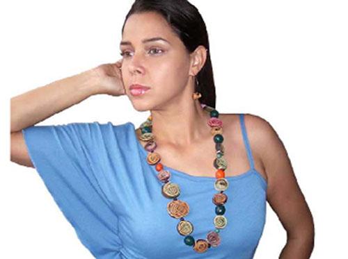 http//www.manualidadesfaciles.es/rosas,hechas,con,cascara,de,naranja/