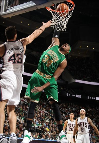 paul pierce dunking. into Paul Pierce the past