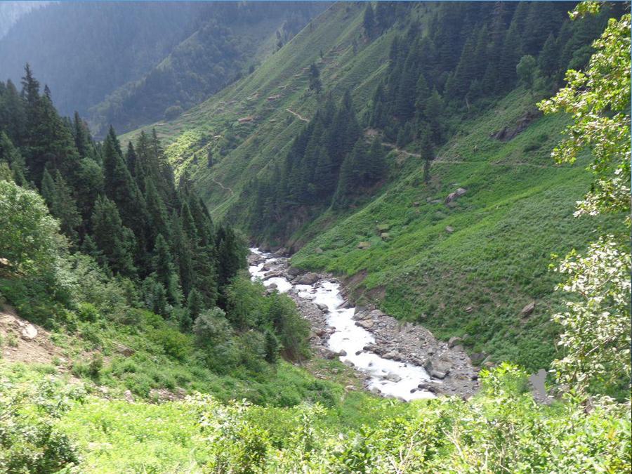 Dowarian Neelum Valley