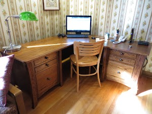 66″ x 27″ x 25″ Kyoto L-Shaped Corner Desk in Washington Oak