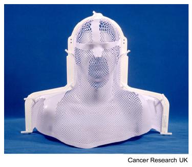 khuôn mặt nạ sử dụng trong xạ trị