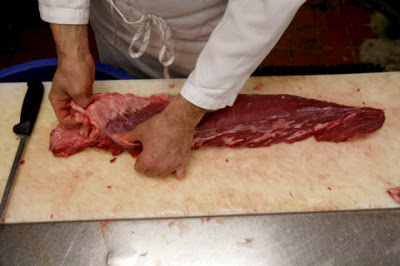 a007 Các bước đơn giản cắt thăn nội bò Tenderloin nhanh và đẹp mắt nhất