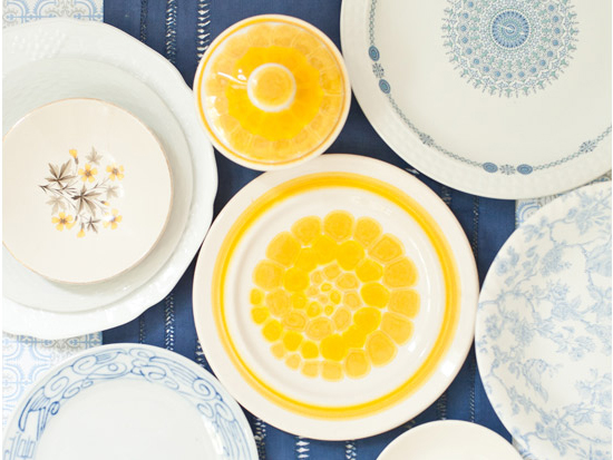 Antiquaria is a new online store that sells gorgeous dinnerware china vintage Pyrex unique drinking glasses and much more! I was extremely excited when I ... & antiquaria... a vintage dinnerware shop - Sugar and Charm - sweet ...