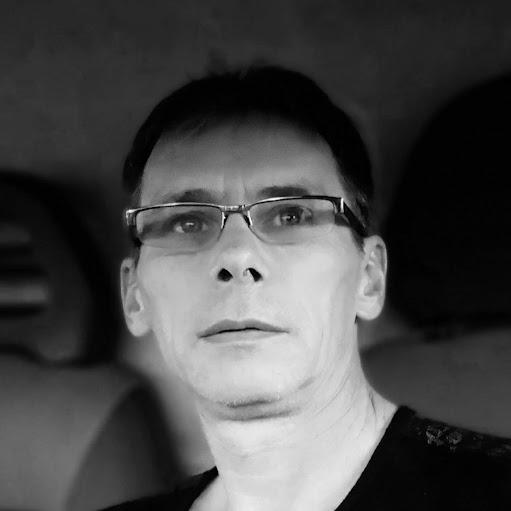Игорь Якутович