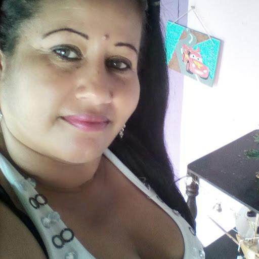Rebeca Oropeza Photo 9
