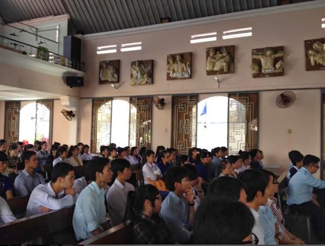 Sinh viên công giáo Tin Yêu-Nha Trang tĩnh tâm mùa chay