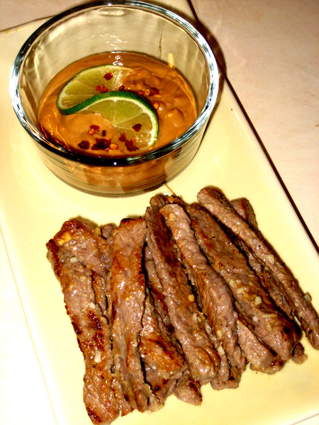 Jenny's Cookbook: Beef Satay with Peanut Sauce {South Beach Friendly ...